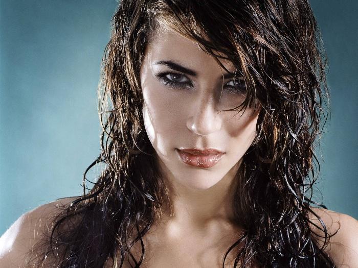 Химия с эффектом мокрых волос