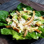Классический рецепт приготовления салата «Цезарь» с курицей
