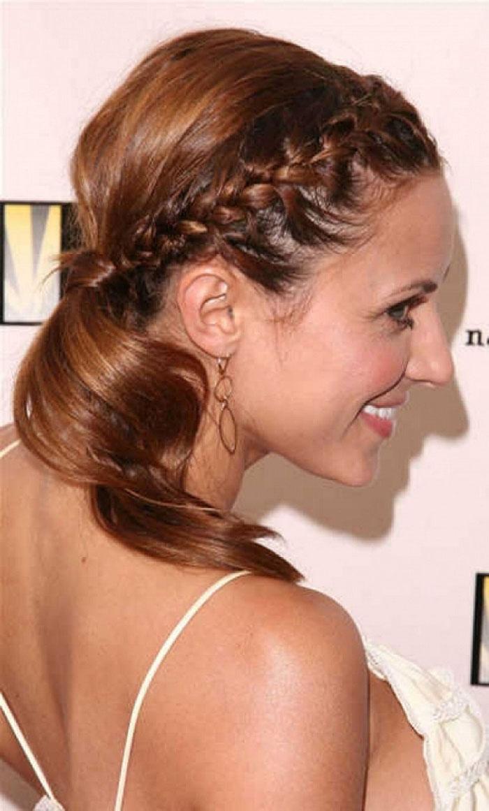Фото косичек на волосы средней длины