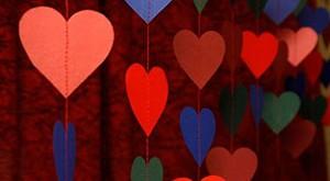 Как украсить зал на свадьбу своими руками гирляндами