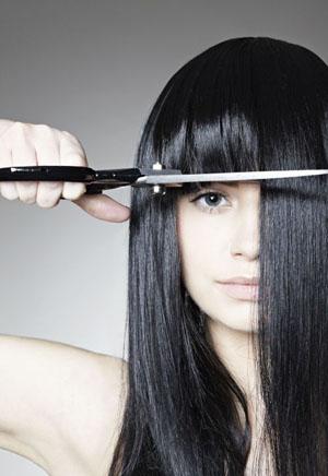 Как подстричь челку самой себе