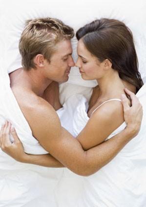 Первая супружеская ночь молодых