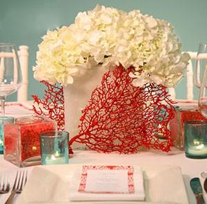 Атрибуты коралловой свадьбы