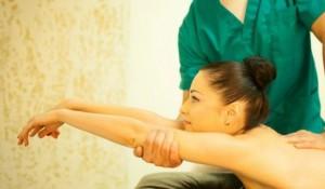Как правильно делают массаж при воспалении седалищного нерва