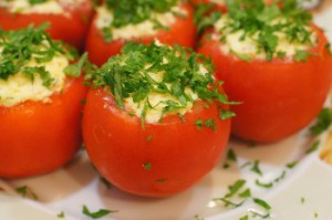 Приготовление классического блюда из помидор