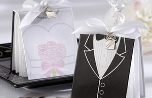 Подарки супругам на бумажную свадьбу