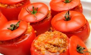 Фаршированные помидоры с твердым сыром в мультиварке вкусно и быстро