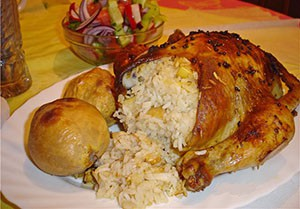 курица целая с рисом в духовке рецепт с фото пошагово
