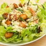 Соус для салата «Цезарь» с курицей: методика приготовления и список ингредиентов