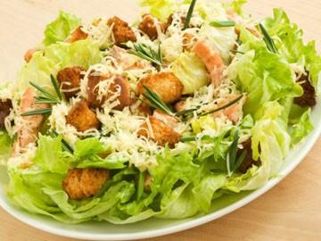 Как приготовить вкусный соус для салата Цезарь
