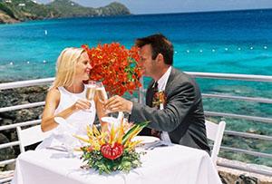 Традиции коралловой свадьбы