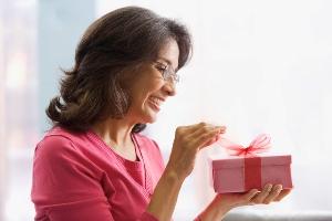Варианты подарков для мамы