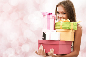 Что можно подарить на день рождения подруге