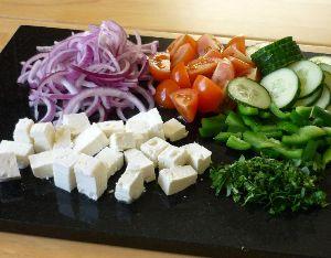 Что нужно для греческого салата