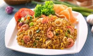 Рис и морской коктейль