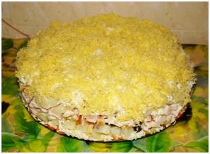 Салат с белыми грибочками