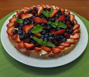Как приготовить тирольский пирог с ягодами