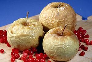 Калорийность печеных яблок в духовке