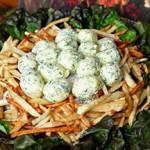 """Классический рецепт приготовления салата """"Гнездо глухаря"""", пошаговый с фото и видео-инстру..."""