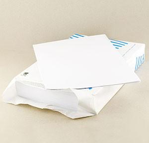 Материалы для создания бумажного кораблика