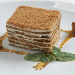 Рецепт приготовления вкусного «Медовика» в домашних условиях