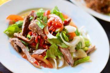 рецепт салата с мясом свинины готовим и зовем гостей