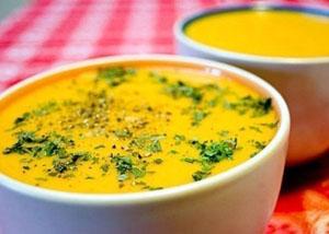 Тыквенный суп с курицей и сливками