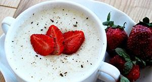 Рецепт манной каши на молоке для детей