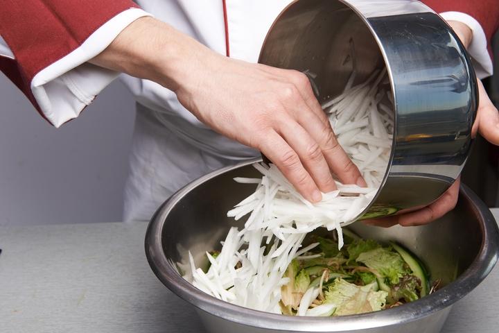 Простой азиатский салат