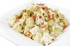 Классический рецепт салата московский а также несколько его вариаций для ужина