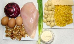 Салат с консервированными шампиньонами и огурцом