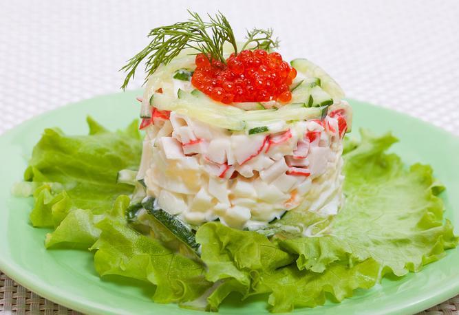 Вкусный салат с морепродуктами рецепт с