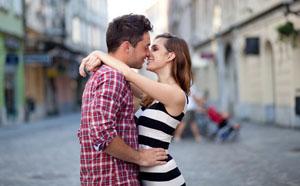 Мужчина дева и женщина рыбы в любви