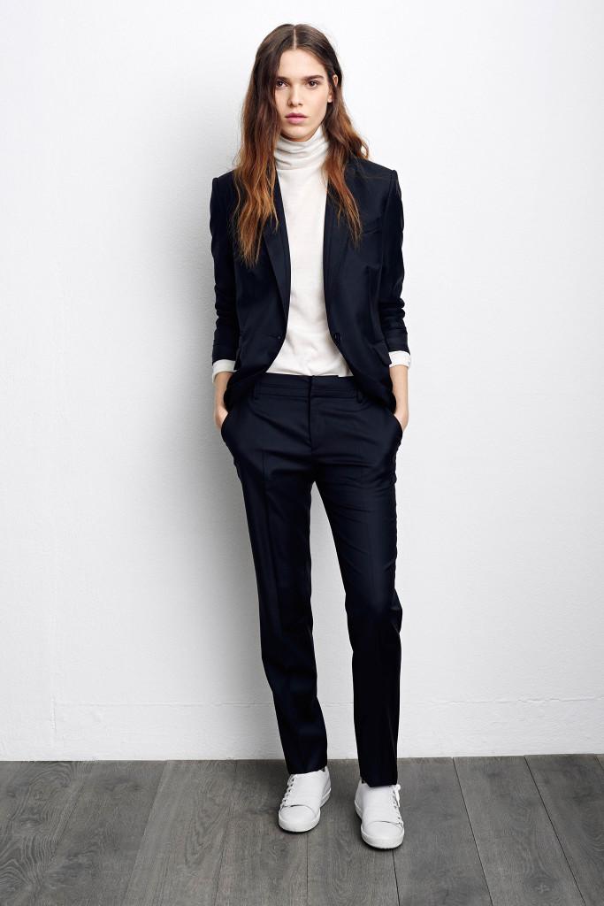 С чем носить классические женские брюки