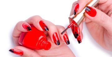 Дизайн красно-черных ногтей