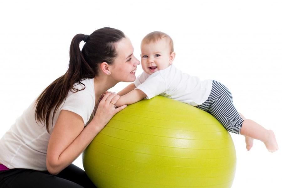 Как заниматься с ребенком в 1 месяц