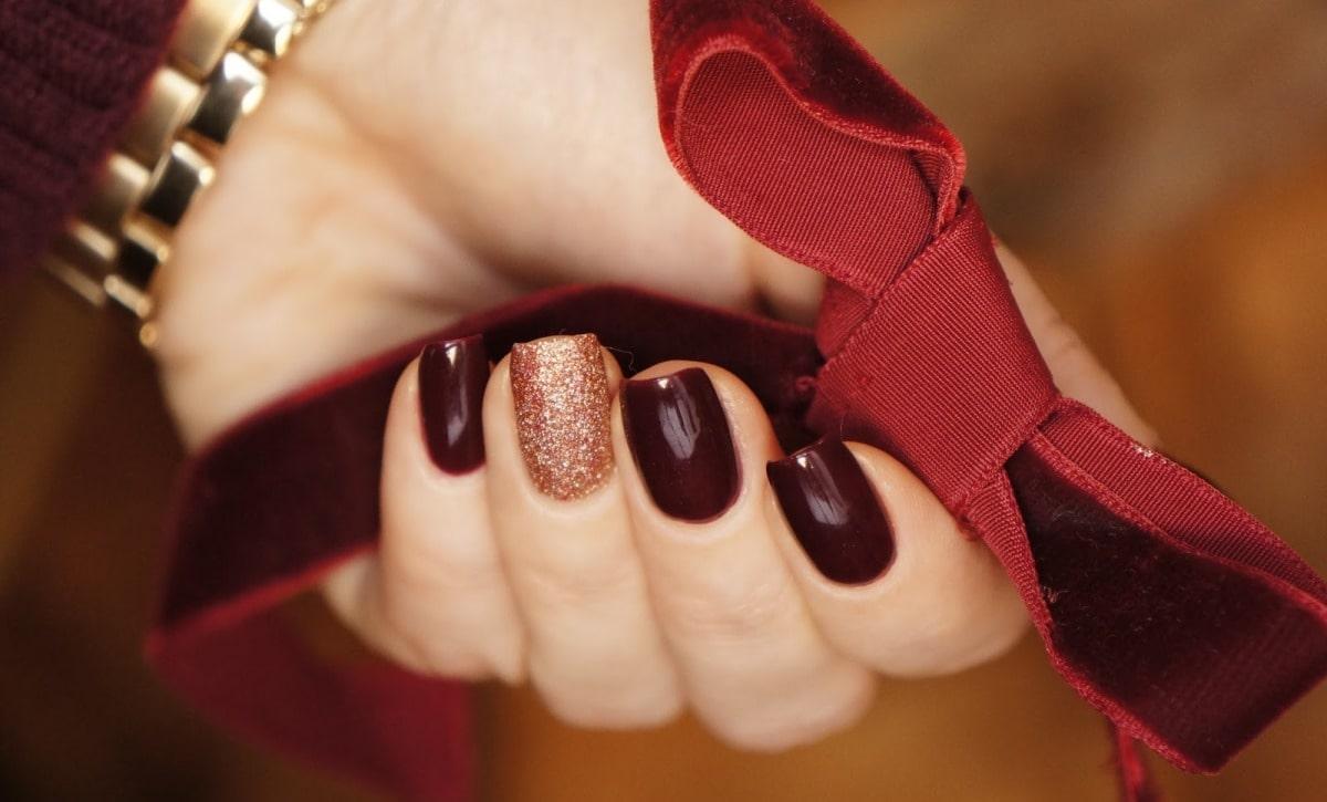 Фото дизайн ногтей винный цвет
