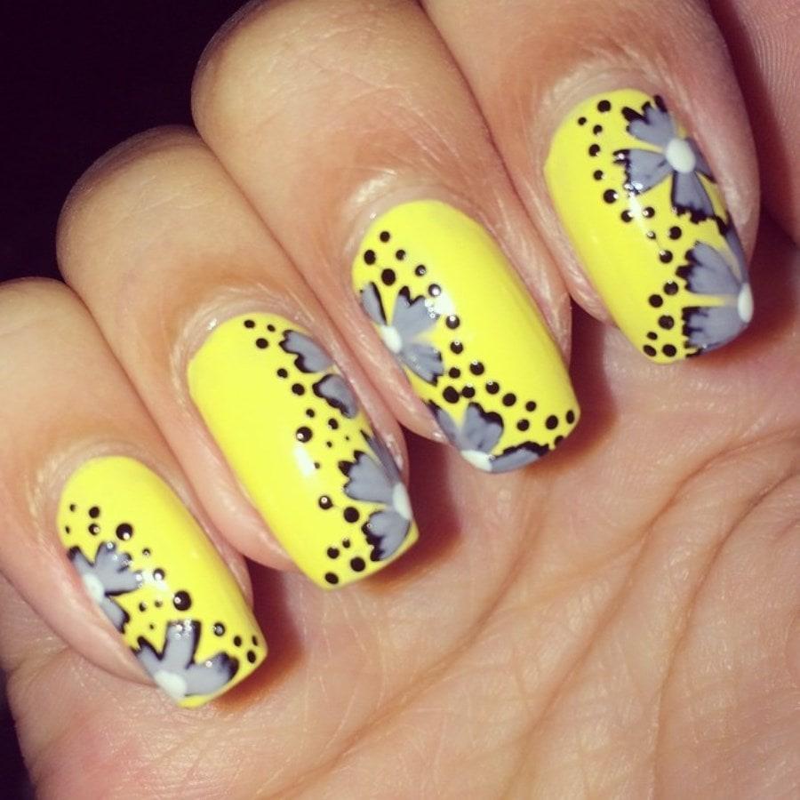Какой маникюр сделать под желтое платье