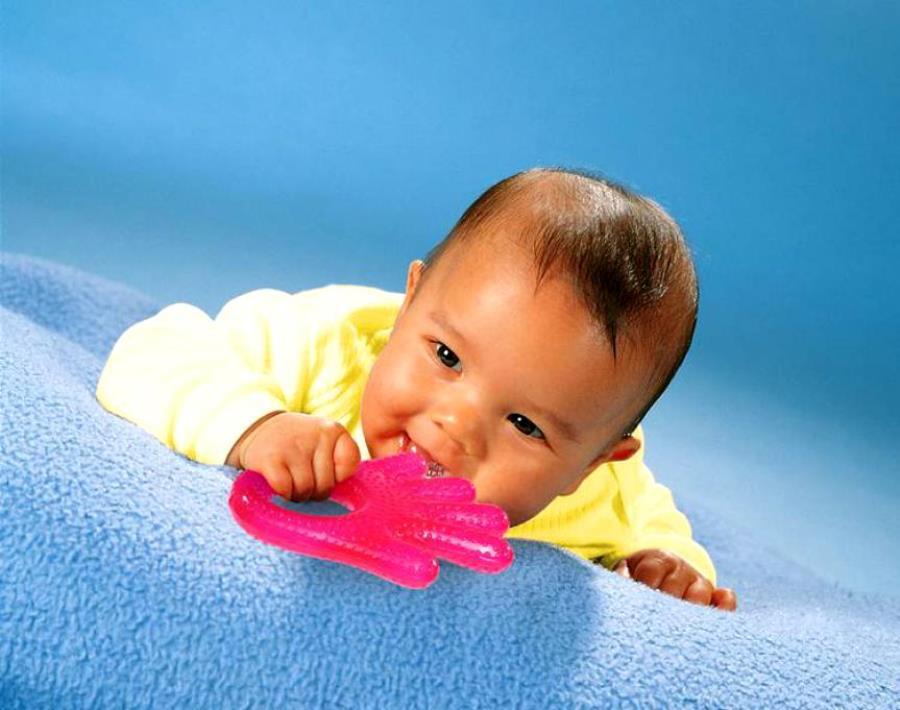 Порядок прорезания зубов у младенцев