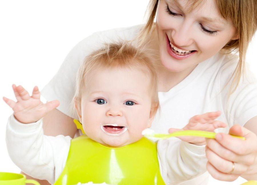 Развитие ребенка в семь месяцев