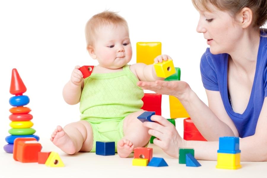 Развивающие игры для детей 5 меяцев