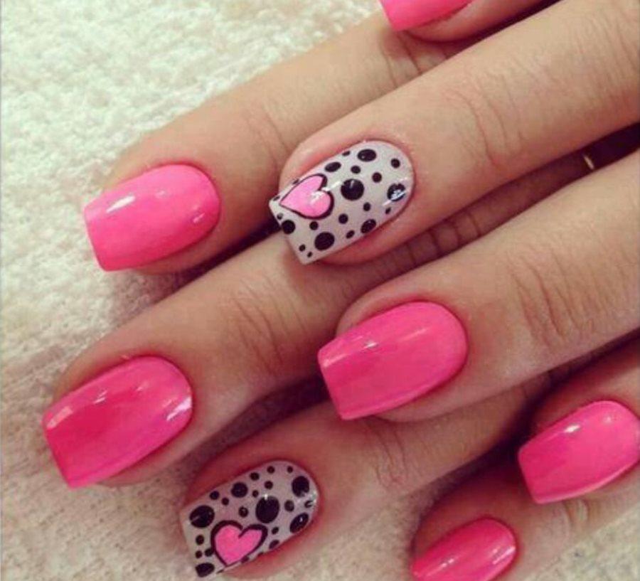 Дизайн ногтей ногтей розовый с черным