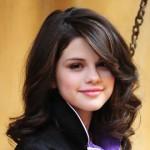 Стрижки на средние волосы для круглого лица: стильное преображение