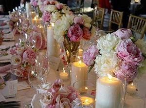 Как украсить зал на свадьбу своими руками живыми цветами