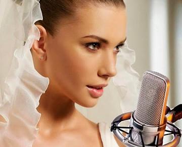 невеста поет жениху на свадьбе лучший подарок