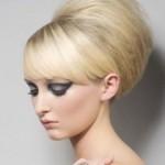 Прически с начесом на средние волосы: инструкции по аккуратному и безопасному созданию своими руками