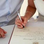 Смена фамилии после замужества:  документы на замену, сроки и финансовые затраты