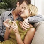 7 лет: какая свадьба, что подарить супругам?