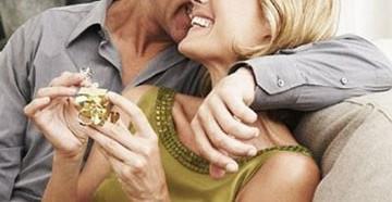 7 лет какая свадьба что подарить мужу и жене