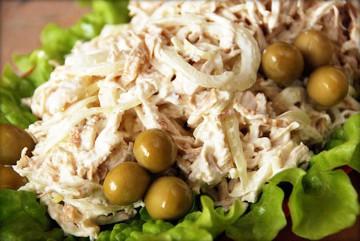 рецепт блинного салата с курицей